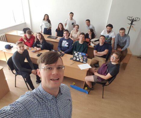 Спільне дослідження: співпраця між Школою політичної аналітики НаУКМА та Київським осередком Української академії лідерства