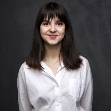 Олена Фінаєва